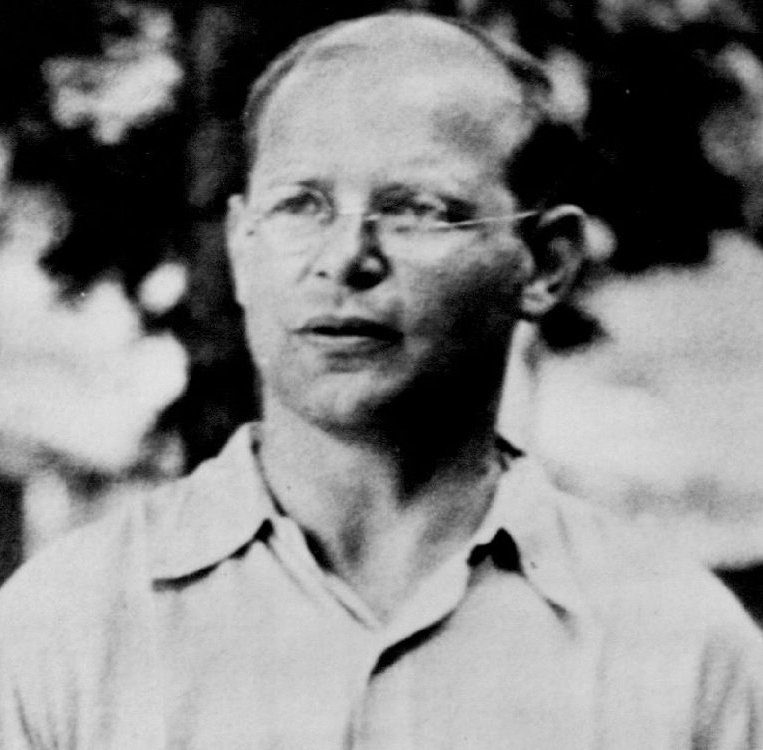 Dietrich Bonhoeffer – Short Biography
